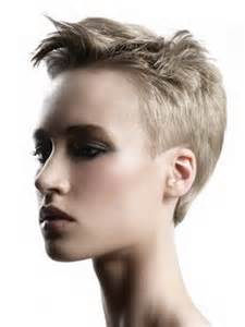 hair cuts women casual picture 13