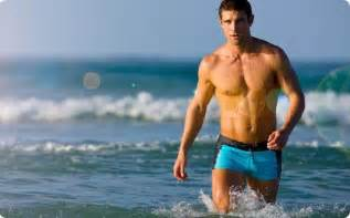 beach and men picture 1