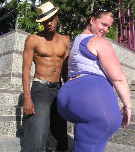 black wrestling ssbbw black versus skinny white girls picture 8