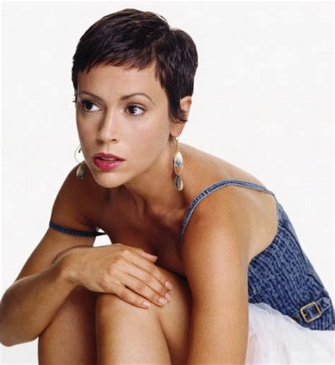 alyssa milano with short hair picture 2