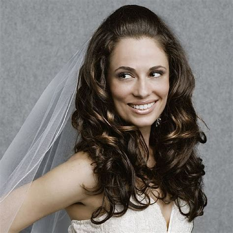 brides hair do's picture 6