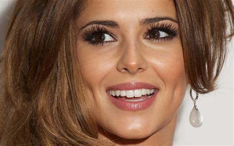 celebrity white teeth picture 2
