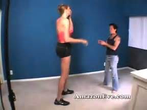 tall girl vs small girl wrestling picture 1