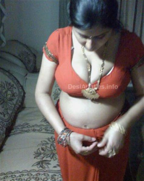 indian aunty deep sleeping sex 3gp picture 5
