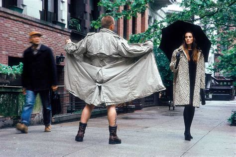 women men flashing street feastable picture 1
