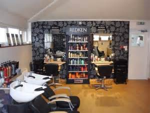 beauty and hair salon picture 10