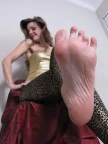 2 woman big soles comparison picture 11