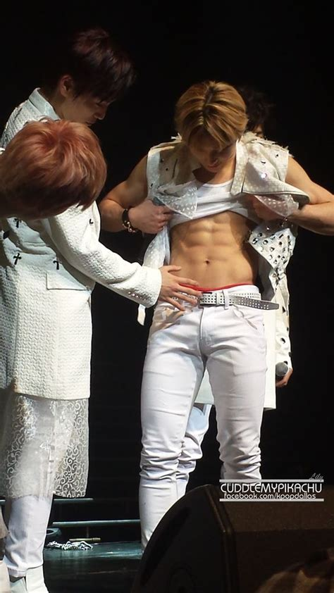 male bulge touch picture 5