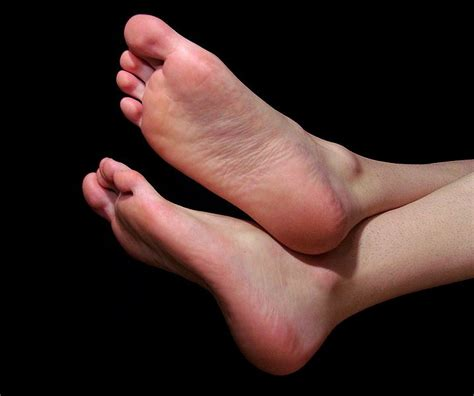 foot skin infections picture 6
