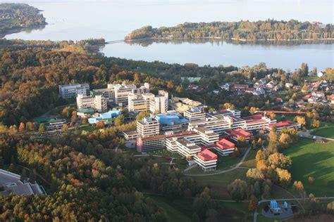 university picture 3