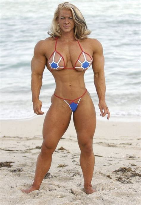 muscle female dominant picture 3