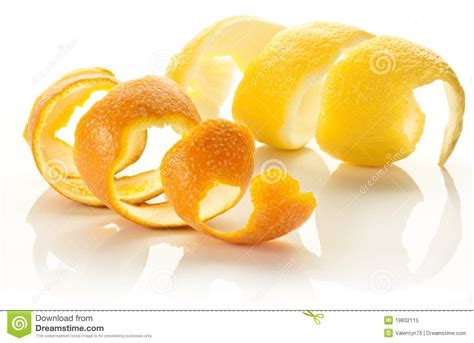 how to twist lemon skin picture 6