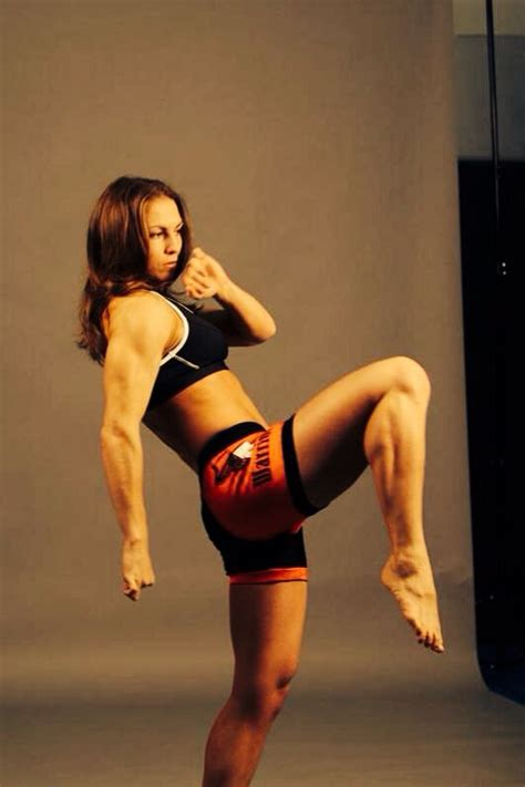 female with strong thighs picture 3