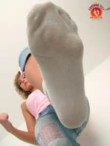 giantess club getting high picture 7