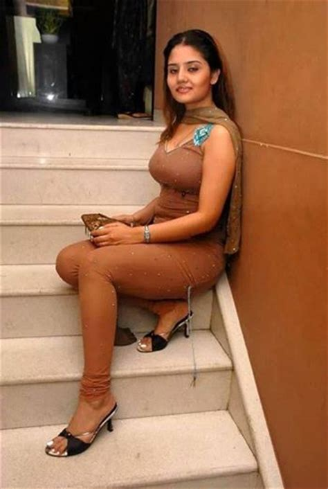 on line free pakistani sexy story picture 9