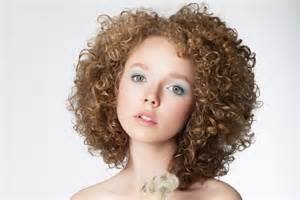 curly hair frize picture 2