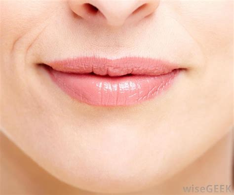 Numd lips picture 1