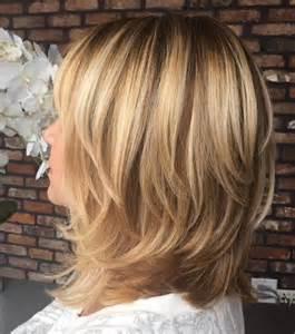 Brown shoulder length layerd hair picture 3