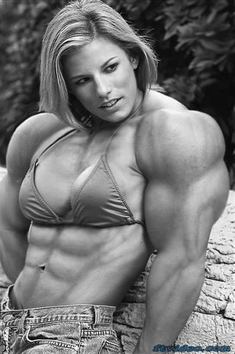 large muscle women picture 3