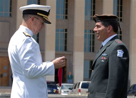 highest decorated joint chief of staff picture 5