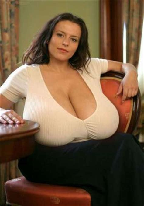 huge breast fbb picture 5