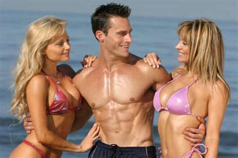 female bodybuilder ing two guys picture 11