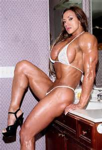female amber deluca muscle picture 2