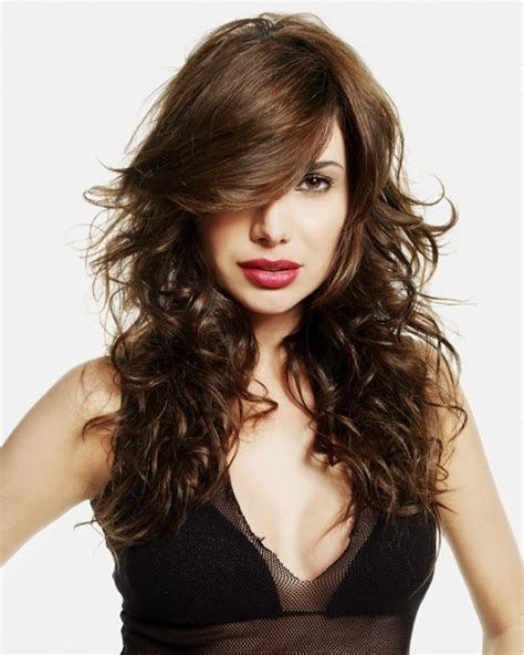 cool hairstyles with straight hair picture 14