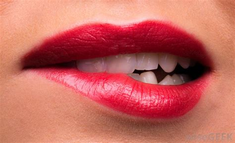 causes of pink lips picture 13