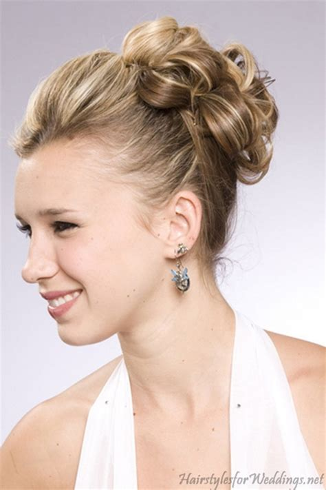 hairstyles for medium length hair for weddings picture 8