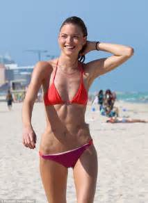 whipping slim body women picture 6