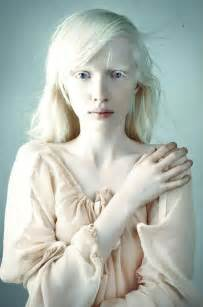 what hair colorplement pale skin picture 11
