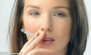 women who smoke more cigarettes picture 5