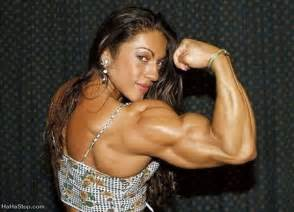 muscular females overpowering men picture 13