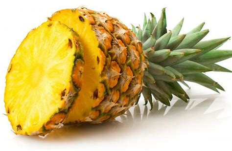 whiten teeth with pineapple picture 1