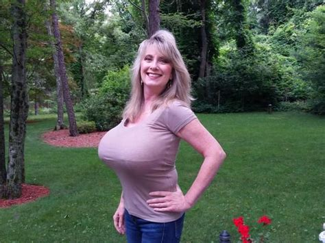 3-d huge breast picture 11