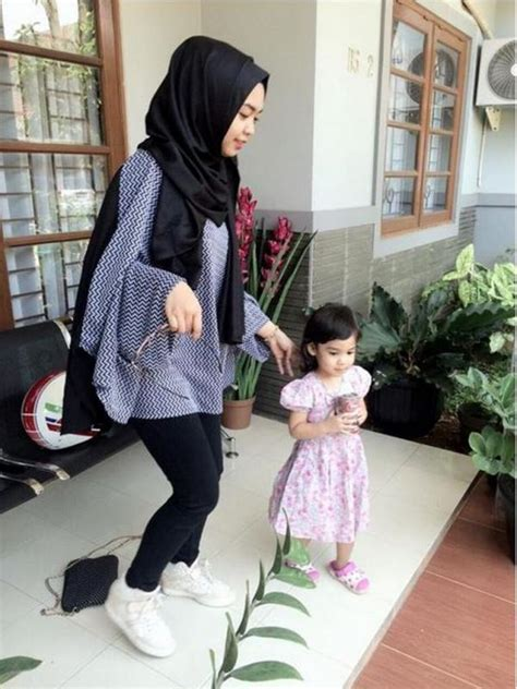 muslim hijab aurto ke chudai store picture 3