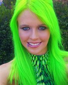 coloring hair green picture 2
