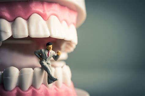 dream about teeth picture 5