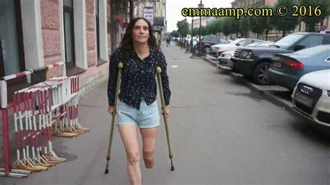 women amputee teacher one leg picture 10