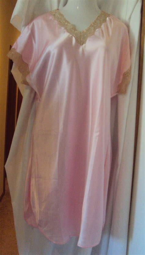 y sleep gown picture 17