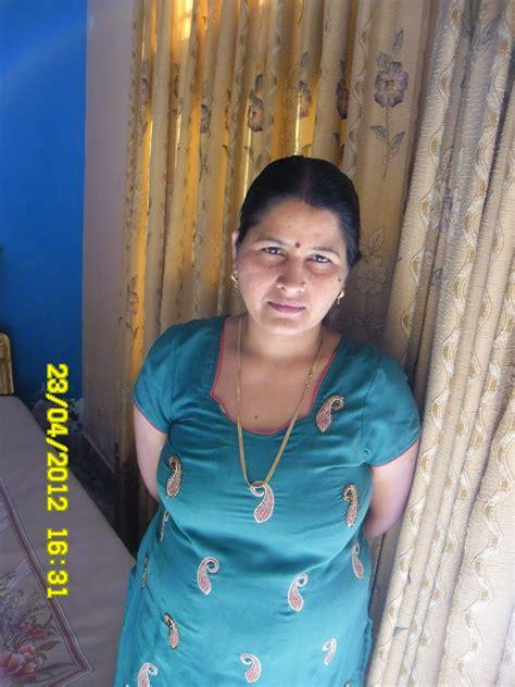 chachi ka doodh picture 13