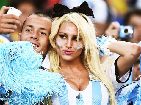 argentina women lips picture 5