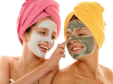 ayurvedic homemade masks for tight firm glowing skin picture 7