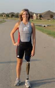 amputee women prosthetic leg picture 1