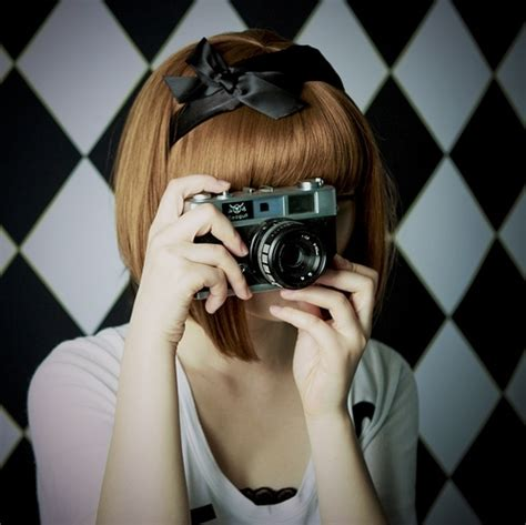 camera girl hair picture 5