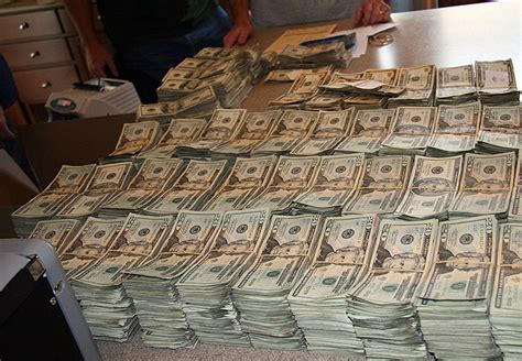 cash bust picture 2