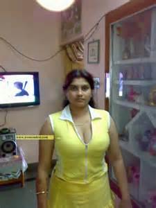 kannada super aunty sex stories picture 5
