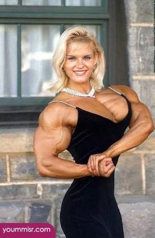female muscle world picture 3