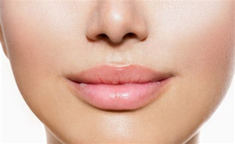 can you use tea tree oil to plump lips? picture 2
